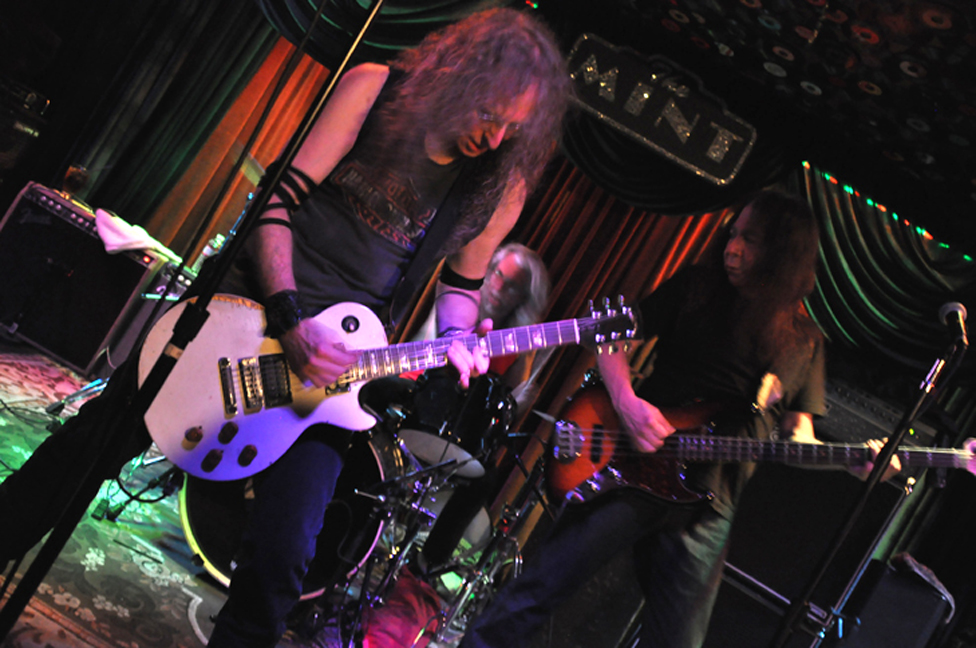 Waddy Wachtel, Phil Jones, Rick Rosas