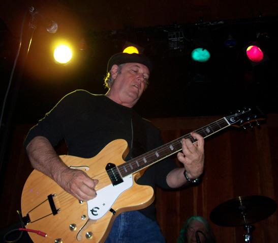 Keith Allison, Phil Jones
