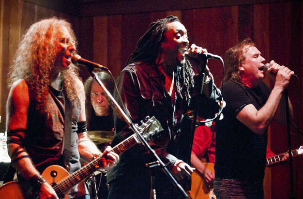 Waddy Wachtel, Rick Rosas, Bernard Fowler, Jamie Savko (photo by Robert Bruns)