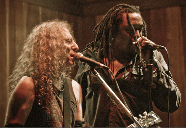 Waddy Wachtel, Bernard Fowler (photo by Robert Bruns)