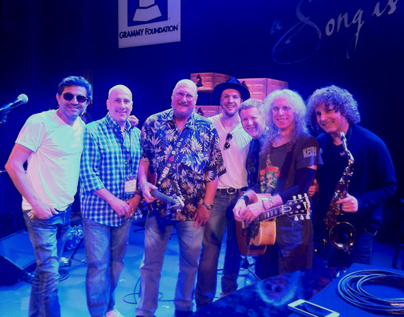 Ramon Yslas, Hutch Hutchinson, Steve Cropper, Gavin DeGraw, Matt Rollings, Waddy Wachtel, Boney James
