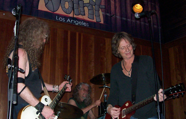 Waddy Wachtel, Phil Jones, Brett Tuggle