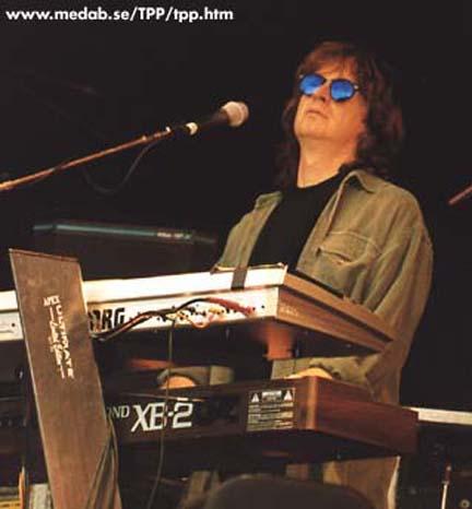 Brett Tuggle - Steve Lukather Tour 1997