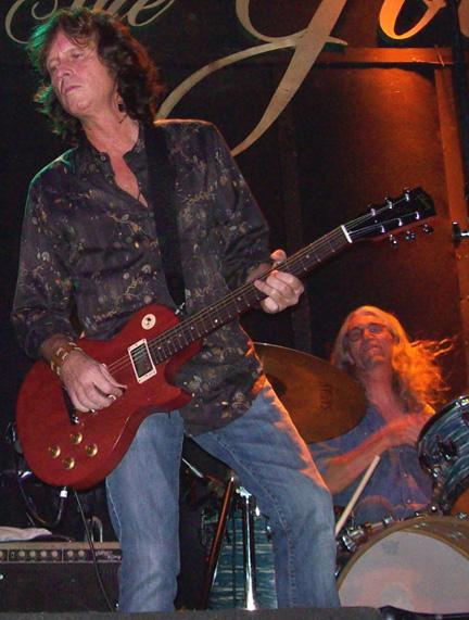 Brett Tuggle, Phil Jones 11/12/07