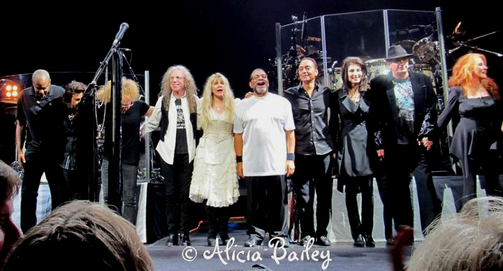 Darrell Smith, Al Ortiz, Jimmy Paxson, Waddy Wachtel, Stevie Nicks, Lenny Castro, Carlos Rios, Sharon Celani, Ricky Peterson, Lori Nicks In Your Dreams Tour 8/23/11 (Photo by Alicia Bailey)