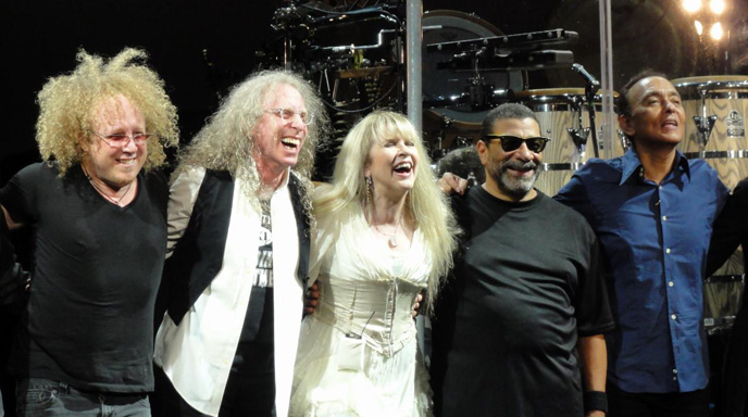 Jimmy Paxson, Waddy Wachtel, Stevie Nicks, Lenny Castro, Carlos Rios 9/1/11 (photo by Kara Gordon)