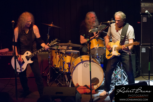 Waddy Wachtel, Phil Jones, Danny Kortchmar