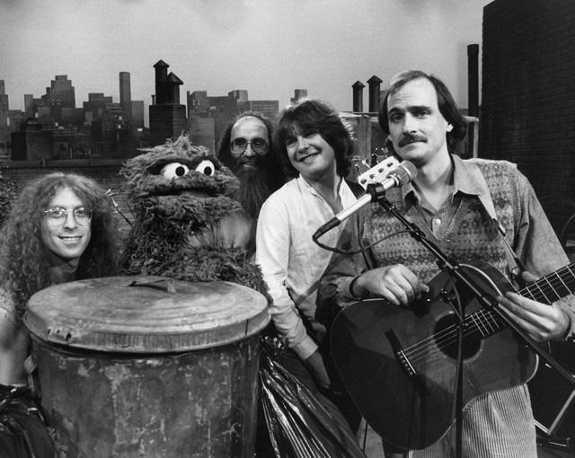 Waddy Wachtel, Oscar, Lee Sklar, Dan Dugmore, James Taylor  on Sesame Street 1982