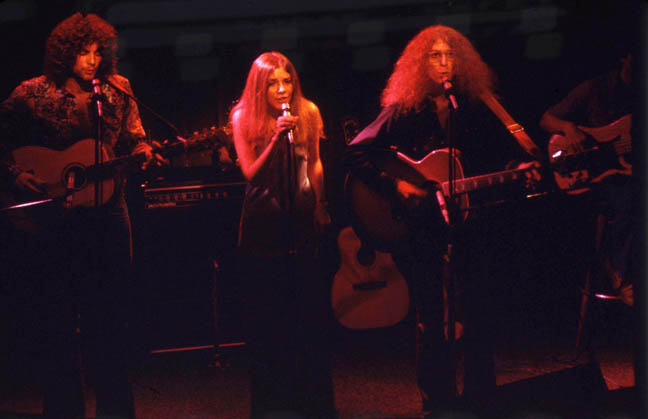 Lindsey Buckingham, Stevie Nicks, Waddy Wachtel, Jorge Calderon 1972 at The Troubadour Buckingham Nicks (Photo by Willie Gibson)