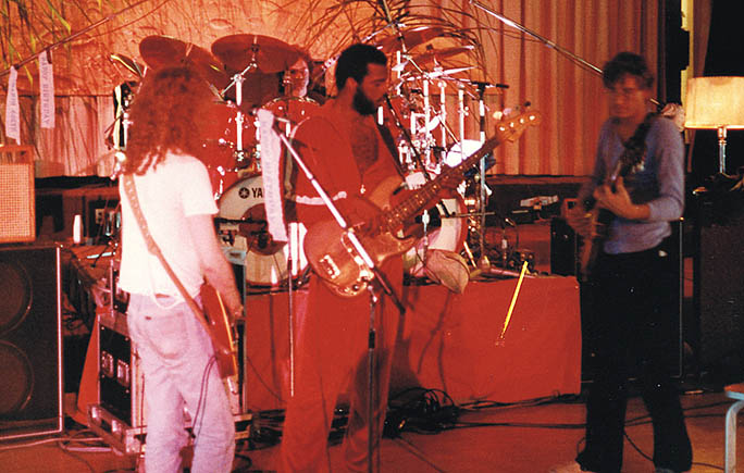 Waddy Wachtel, Joe Vitale, George Perry, Joe Walsh, 1983 Recording