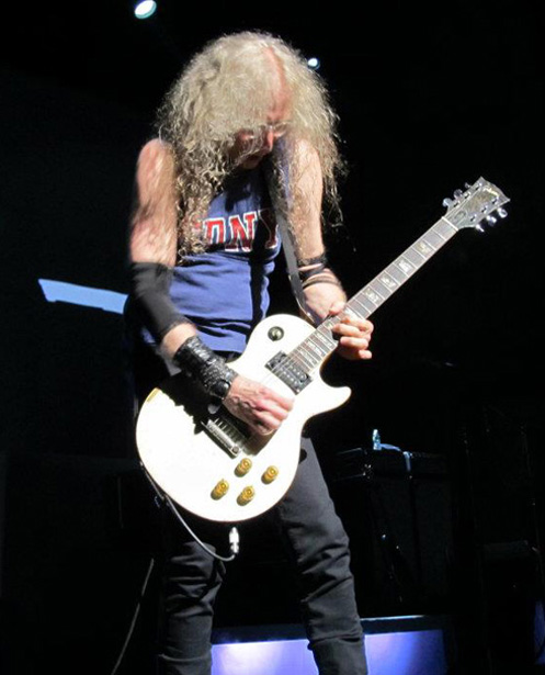 Waddy Wachtel 7/2/12 (photo by Vikki Carlucci)