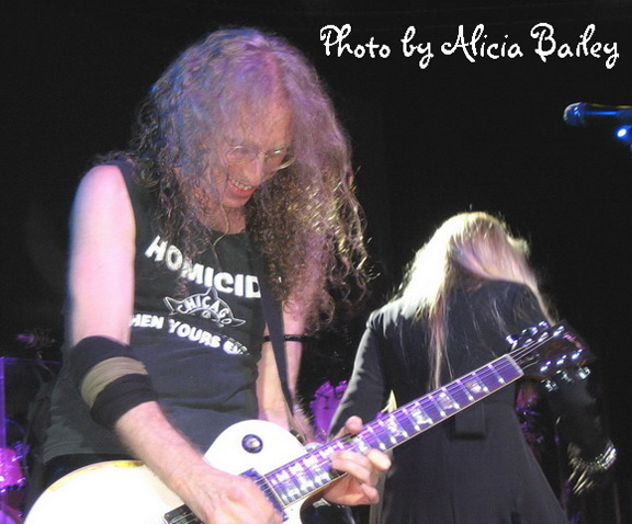 Waddy Wachtel on tour with Stevie Nicks