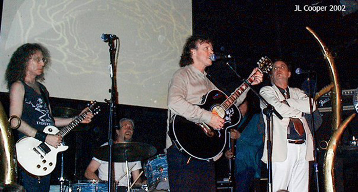 Waddy Wachtel, Phil Jones, Donovan, Rick Rosas, Terry Reid  5/27/02 (photo by JL Cooper)