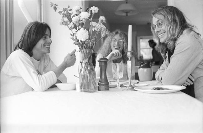 Jackson Browne, Waddy Wachtel, Warren Zevon January 14, 1977 (photo by Henry Diltz