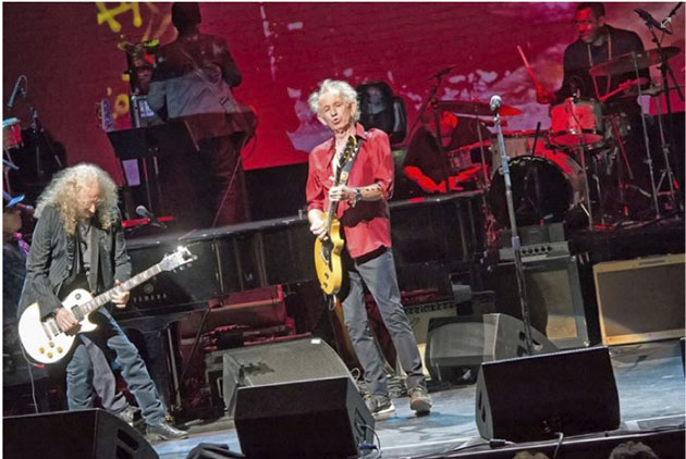 Waddy Wachtel, Keith Richards, Steve Jordan (photo by Arnie Goodman)