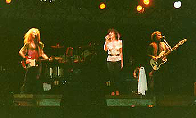 Waddy Wachtel, Linda Ronstadt, Kenny Edwards on Tour in Sydney