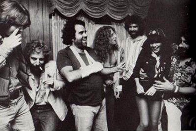 Dan Dugmore, Andrew Gold, Don Grolnick, Waddy Wachtel, Kenny Edwards, Linda Ronstadt, Rick Marotta Simple Dreams Tour1977