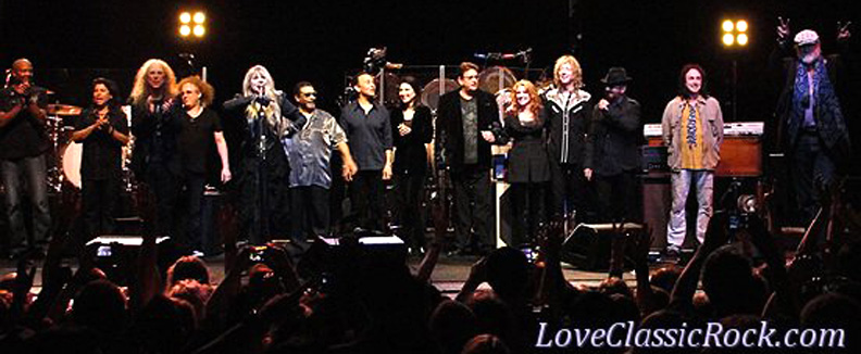 Darrell, Al, Waddy, Jimmy, Stevie, Lenny, Carlos, Lori, Ricky, Sharon, Peter, Dave, Mike, Mick - Wiltern Theater 5/26/11 (Photo by Cindi Carter)