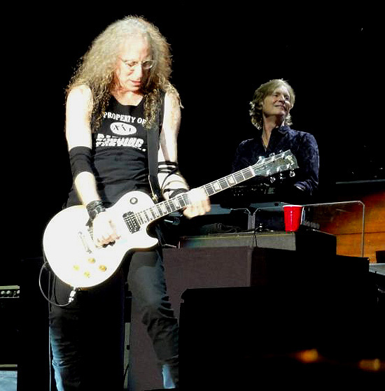 Waddy Wachtel, Brett Tuggle 7/3/12 (photo by Kara Gordon)