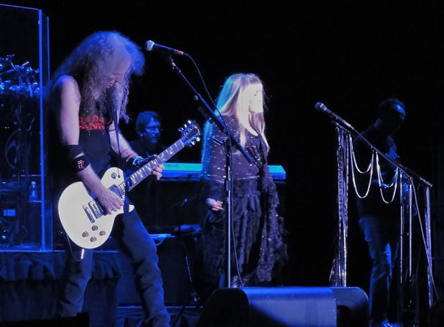 Waddy Wachtel, Ricky Peterson, Stevie Nicks, Carlos Rios  8/27/10 Atlantic City - photo by Kara Gordon