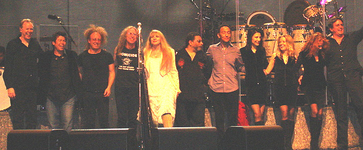 Scott Plunkett, Al Ortiz, Jimmy Paxson, Waddy Wachtel, Stevie Nicks, Lenny Castro, Carlos Rios, Sharon Celani, Jana Anderson, Lori Nicks, Ricky Peterson - Chicago 6/14/08