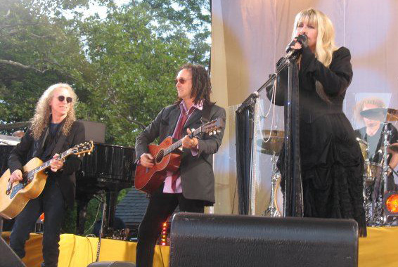 Waddy Wachtel, Mike Campbell, Stevie Nicks Good Morning America 8/26/11 (Photo by Amy Weisel)